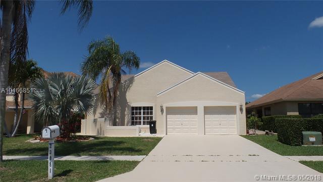 23051 Sunfield Dr, Boca Raton, FL 33433 (MLS #A10466851) :: Prestige Realty Group