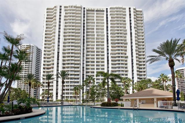 21205 Yacht Club Dr #3204, Aventura, FL 33180 (MLS #A10466921) :: United Realty Group
