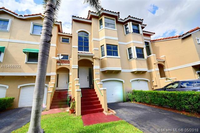 12669 NW 14th St ., Sunrise, FL 33323 (MLS #A10466922) :: Green Realty Properties