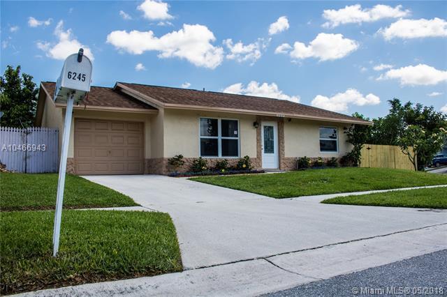 6245 Oakview Ln, Lake Worth, FL 33463 (MLS #A10466943) :: Stanley Rosen Group