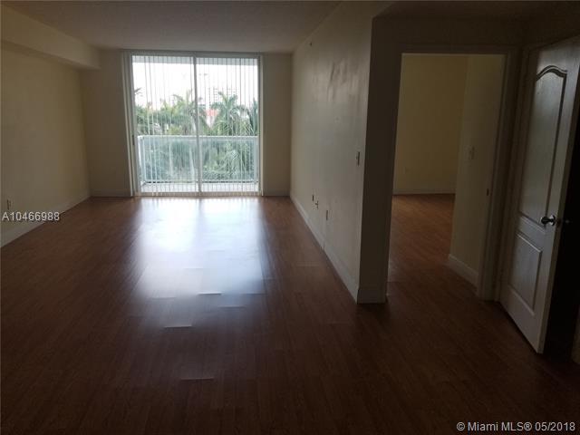 Miami, FL 33126 :: Green Realty Properties