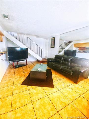816 W Tiffany Drive #3, Mangonia Park, FL 33407 (MLS #A10467972) :: Prestige Realty Group