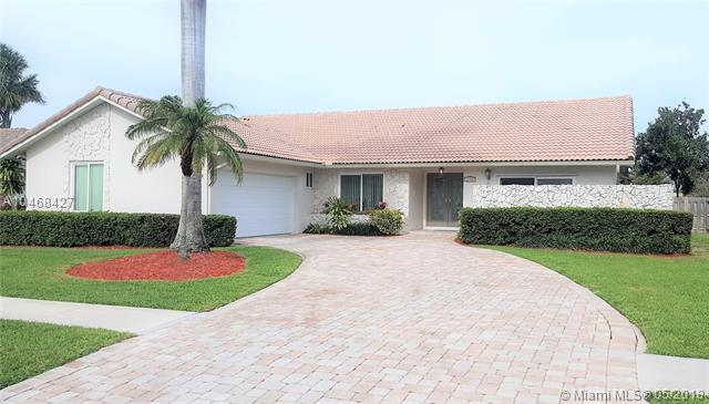 21856 High Pine Trl, Boca Raton, FL 33428 (MLS #A10468427) :: Laurie Finkelstein Reader Team