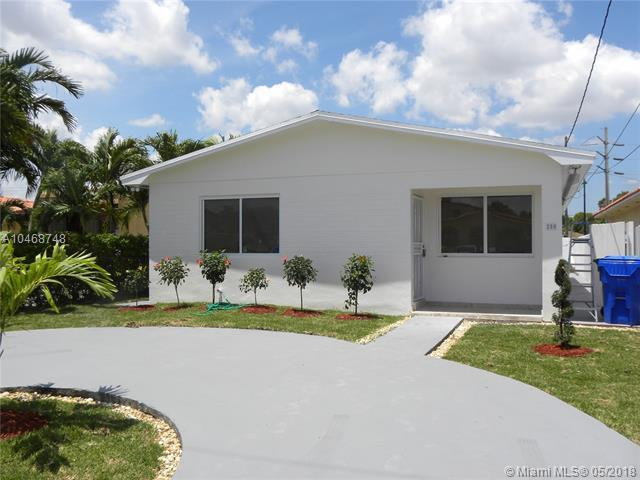 250 NW 61st Ave, Miami, FL 33126 (MLS #A10468748) :: Green Realty Properties