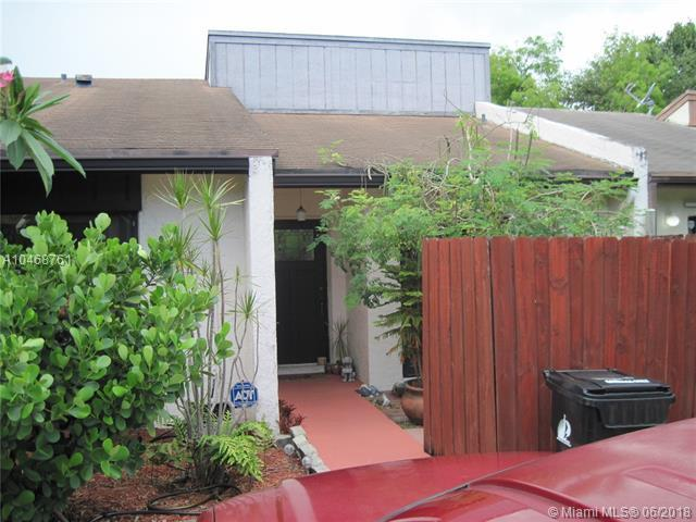 6989 NW 29th Ter, Fort Lauderdale, FL 33309 (MLS #A10468761) :: Green Realty Properties