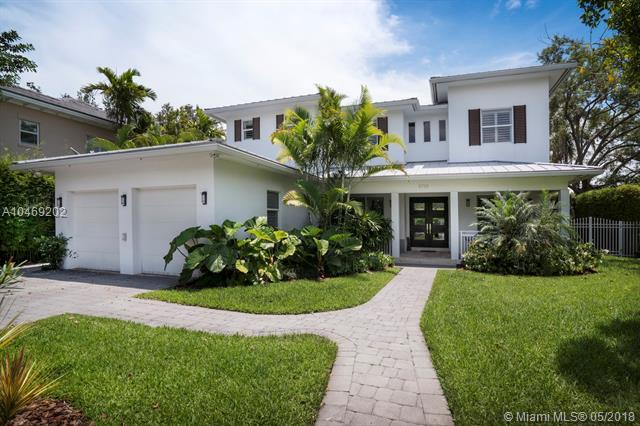 5788 SW 77th Ter, South Miami, FL 33143 (MLS #A10469202) :: The Riley Smith Group
