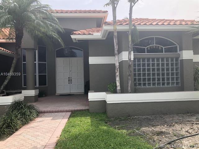 401 Nw 108th Ave, Plantation, FL 33324 (MLS #A10469359) :: Green Realty Properties