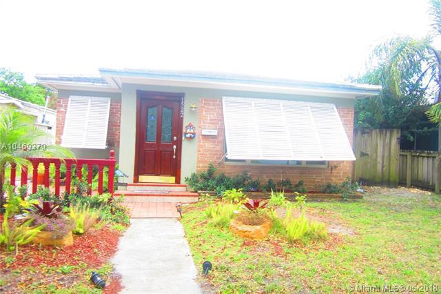 1522 Adams, Hollywood, FL 33020 (MLS #A10469370) :: Green Realty Properties