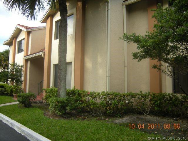 3196 Coral Lake Way #3196, Coral Springs, FL 33065 (MLS #A10469457) :: Stanley Rosen Group