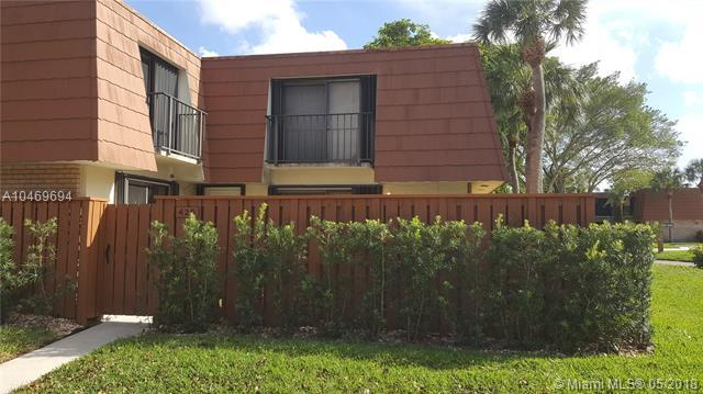 429 Live Oak Ln 210A, Boynton Beach, FL 33436 (MLS #A10469694) :: The Teri Arbogast Team at Keller Williams Partners SW