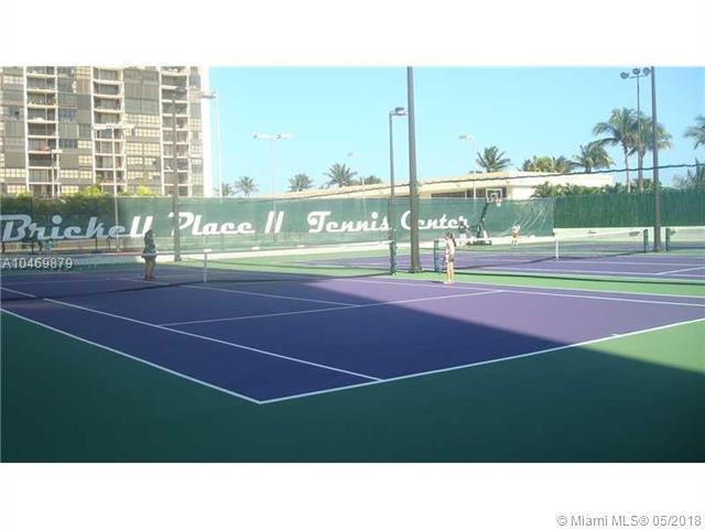 1915 Brickell Ave C410, Miami, FL 33129 (MLS #A10469879) :: Green Realty Properties