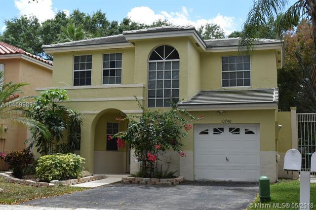 10746 S Saratoga Dr #0, Cooper City, FL 33026 (MLS #A10469989) :: Green Realty Properties