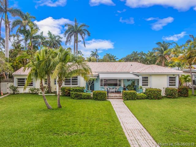 817 N Southlake Drive, Hollywood, FL 33019 (MLS #A10470610) :: The Riley Smith Group