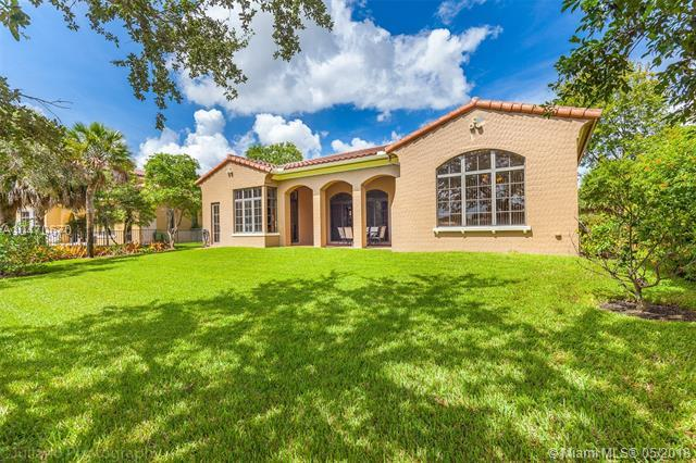 6950 Long Leaf Dr, Parkland, FL 33076 (MLS #A10470670) :: The Chenore Real Estate Group