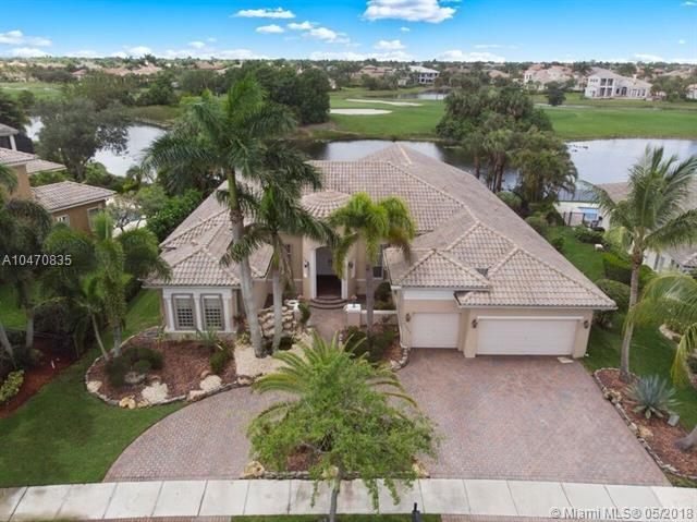 11804 NW 69th Pl, Parkland, FL 33076 (MLS #A10470835) :: United Realty Group