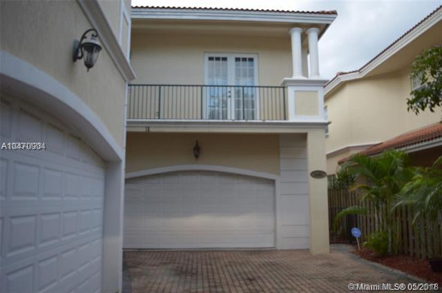Wilton Manors, FL 33305 :: Castelli Real Estate Services