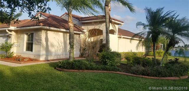 19466 NW 24th Pl, Pembroke Pines, FL 33029 (MLS #A10470920) :: RE/MAX Presidential Real Estate Group