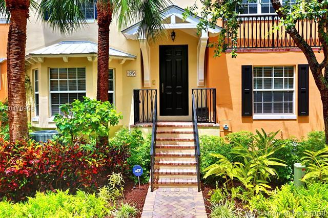 325 W. Mallory Cir #325, Delray Beach, FL 33483 (MLS #A10470958) :: The Teri Arbogast Team at Keller Williams Partners SW