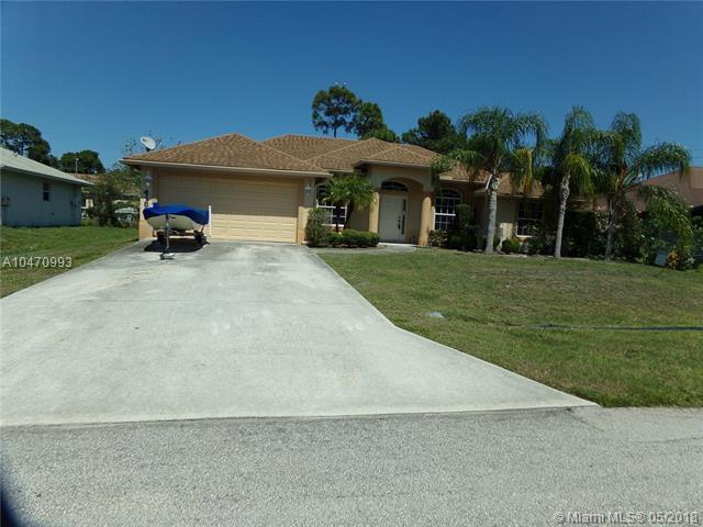 4189 SW Darien Street, Port St. Lucie, FL 34953 (MLS #A10470993) :: Prestige Realty Group
