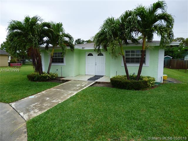 206 SW 13th Ave, Delray Beach, FL 33444 (MLS #A10470999) :: Prestige Realty Group