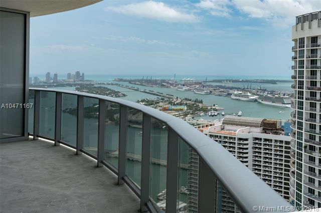 488 NE 18th St #4900, Miami, FL 33132 (MLS #A10471167) :: Green Realty Properties