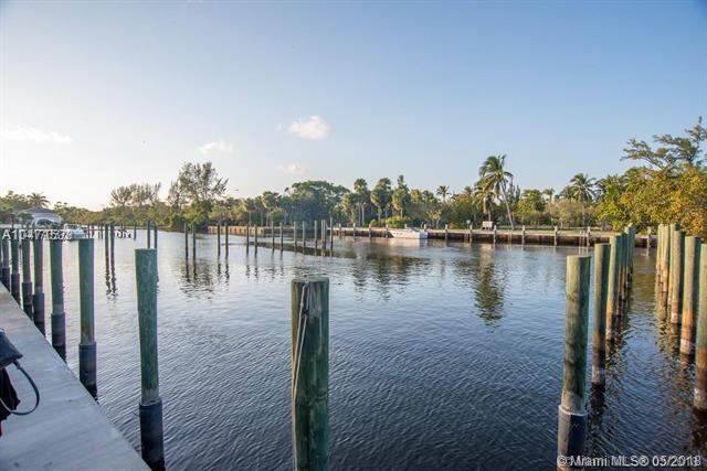 2764 Treasure Cove Cir, Dania Beach, FL 33312 (MLS #A10471533) :: The Riley Smith Group
