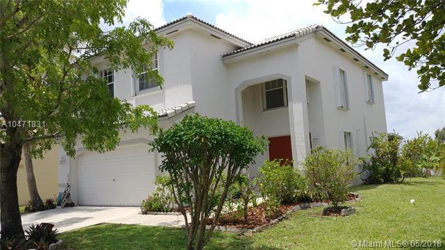 1378 SW 106th Ave, Pembroke Pines, FL 33025 (MLS #A10471831) :: Green Realty Properties
