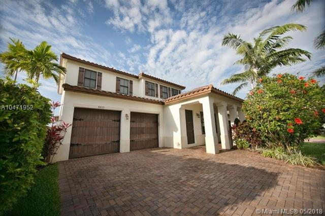 8405 NW 33rd St, Cooper City, FL 33024 (MLS #A10471952) :: Green Realty Properties