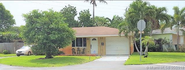 4280 NE 1st Ter, Oakland Park, FL 33334 (MLS #A10471964) :: Castelli Real Estate Services