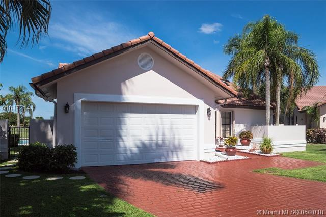 19388 Cherry Hill Terr, Boca Raton, FL 33498 (MLS #A10472144) :: Stanley Rosen Group