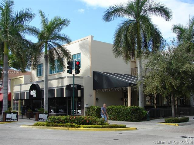 1903 Hollywood Blvd, Hollywood, FL 33020 (MLS #A10472407) :: Castelli Real Estate Services