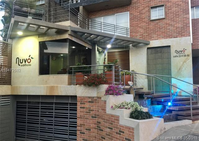 Apartamento para La Venta En Cucuta #200, Other County - Not In Usa, FL 00000 (MLS #A10472502) :: Stanley Rosen Group