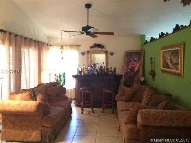 20753 NW 3rd Ct, Pembroke Pines, FL 33029 (MLS #A10472512) :: Stanley Rosen Group