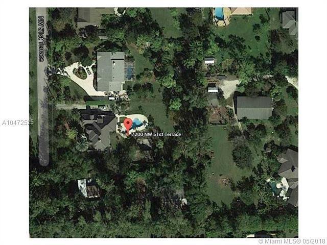 7200 NW 51st Ter, Coconut Creek, FL 33073 (MLS #A10472525) :: Stanley Rosen Group