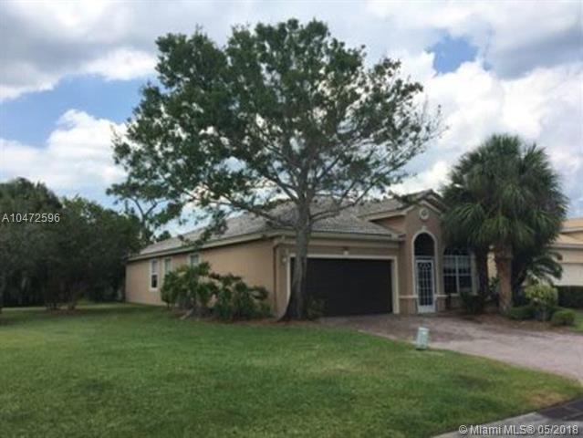3746 NW Deer Oak Dr, Jensen Beach, FL 34957 (MLS #A10472596) :: Calibre International Realty