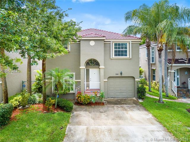 241 NW 118th Dr, Coral Springs, FL 33071 (MLS #A10472632) :: Green Realty Properties