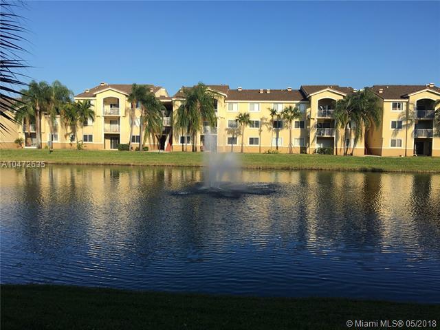 2640 S University Dr #124, Davie, FL 33328 (MLS #A10472635) :: Green Realty Properties