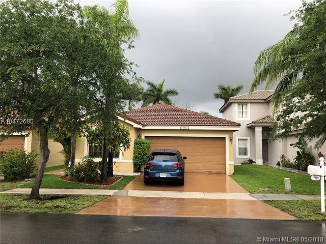 17781 SW 23rd St, Miramar, FL 33029 (MLS #A10472680) :: Stanley Rosen Group