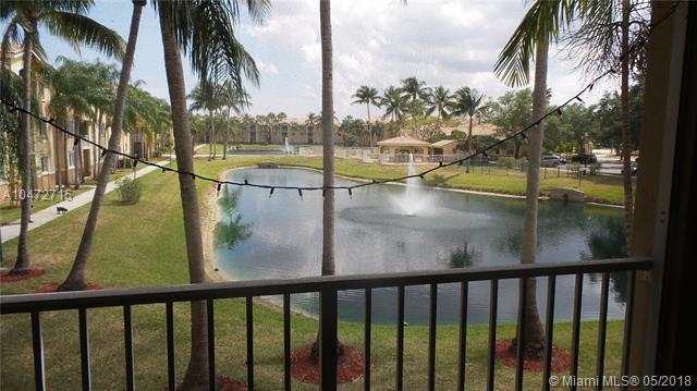 2600 S University Dr #212, Davie, FL 33328 (MLS #A10472715) :: Green Realty Properties