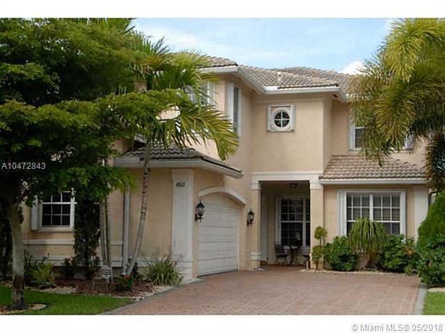 4862 SW 173 AV, Miramar, FL 33029 (MLS #A10472843) :: The Chenore Real Estate Group