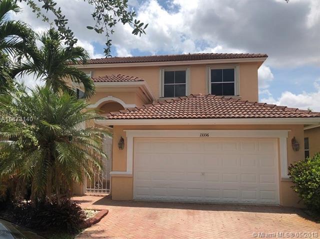 13336 SW 27th St, Miramar, FL 33027 (MLS #A10473140) :: United Realty Group