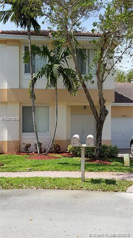 6633 Hidden Cove Dr 5-7, Davie, FL 33314 (MLS #A10473518) :: Green Realty Properties