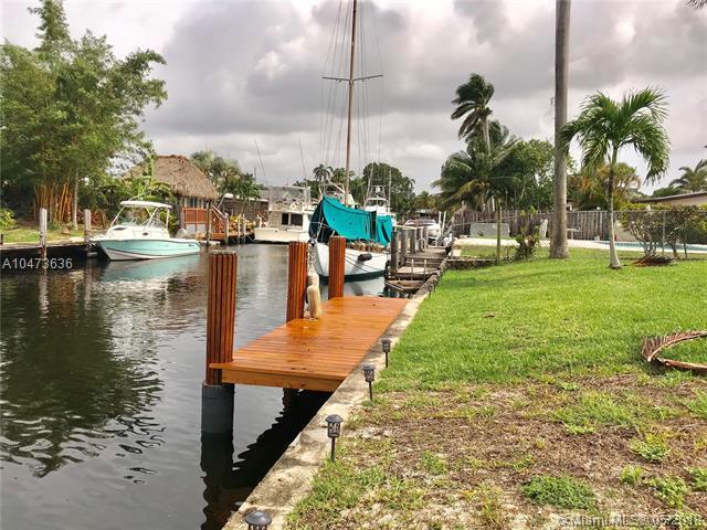 2453 Bimini Ln, Fort Lauderdale, FL 33312 (MLS #A10473636) :: Laurie Finkelstein Reader Team