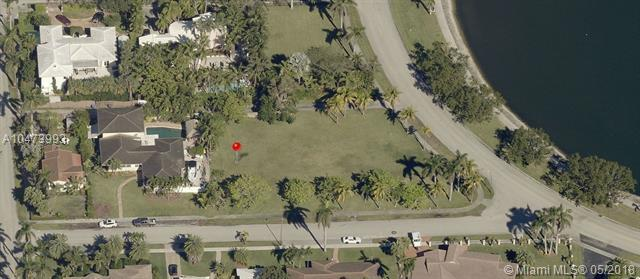 1239 Madison St, Hollywood, FL 33019 (MLS #A10473993) :: United Realty Group