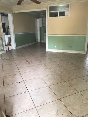 1717 N 22nd Ave, Hollywood, FL 33020 (MLS #A10473995) :: Stanley Rosen Group