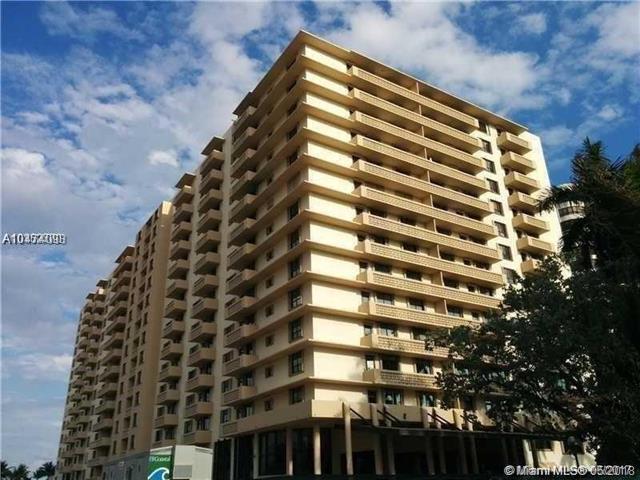 10185 Collins Ave #315, Bal Harbour, FL 33154 (MLS #A10474093) :: Keller Williams Elite Properties