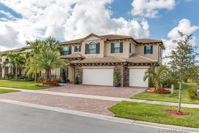 5428 SW 108th Ave, Cooper City, FL 33328 (MLS #A10474380) :: The Chenore Real Estate Group