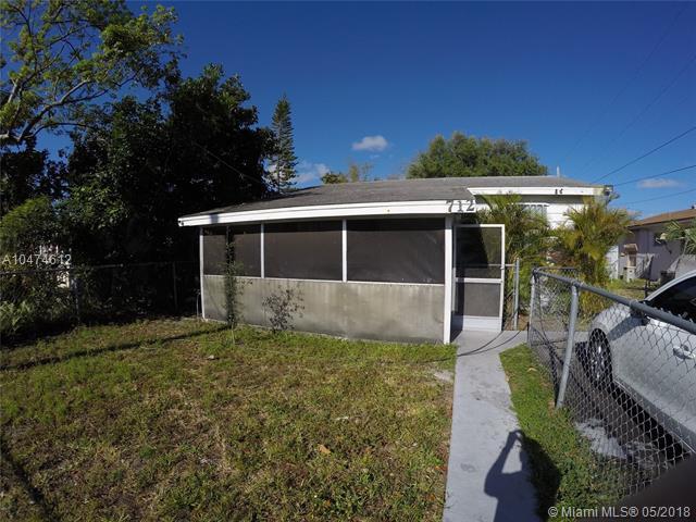 Hallandale, FL 33009 :: The Chenore Real Estate Group