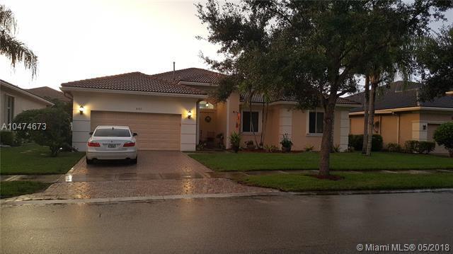 6163 SW 191st Ave, Pembroke Pines, FL 33332 (MLS #A10474673) :: Green Realty Properties