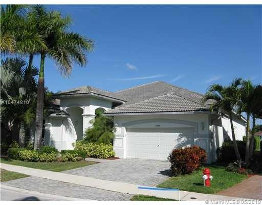 2348 Quail Roost Dr, Weston, FL 33327 (MLS #A10474810) :: The Chenore Real Estate Group